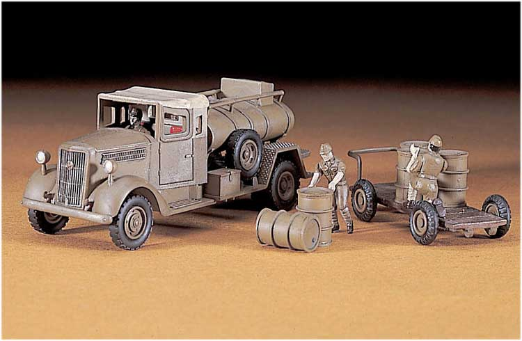 MT 16 FUEL TRUCK ISUZU 1/72