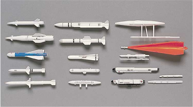 X72-4 MISSILES SOL AIR US 1/72