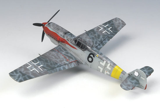 P-51C RED TAILS + JEEP   1/72