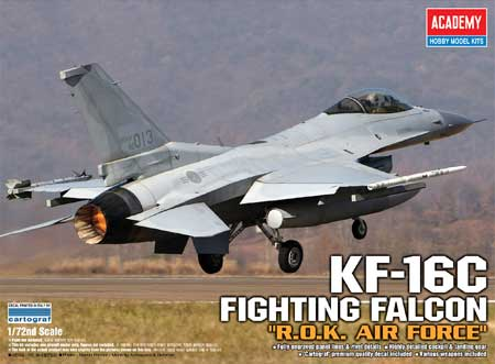 KF-16C FIGHTING FALCON  1/72