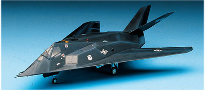 F-117A Steal Bomber 1/72
