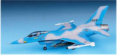 YF-16A FIGHTING FALCON  1/72