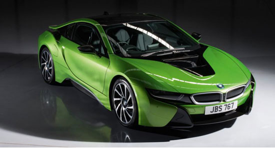 BMW i8 JAVA GREEN (LHD) 1/18