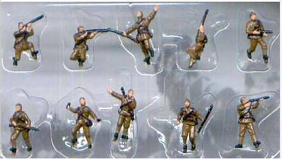 RUSSES WWII PEINTS 1/144